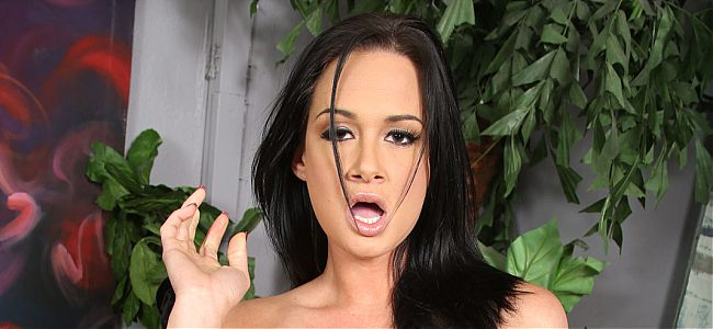 interracial hardcore pics0 tn Tory Lane makes a huge black dick disappear in her ass