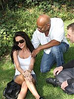 interracial gangbang0 tn Randi Wright fucks a black guy whom she just met