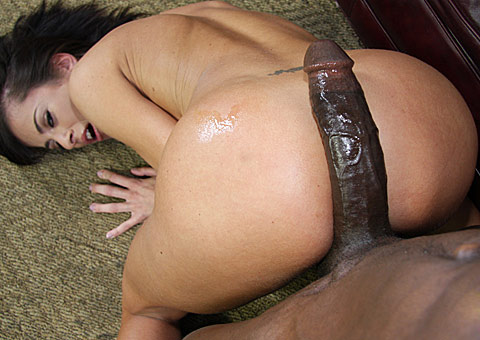 5 Cecilia Vega gets picked up and banged by a huge cocked black